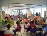 Diversión y aprendizaje a través de los cuentos en el 'Día de la Biblioteca'