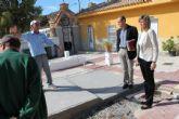 La Alcaldesa y los Concejales de Seguridad y Cementerio visitan el Camposanto archenero