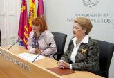 El Ayuntamiento entrega 8.000 euros a la Asociación de Amas de Casa