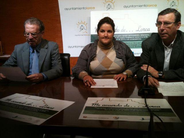 La asociación Anabad-Murcia prepara el libro Me acuerdo de Lorca que ayudará a mejorar el equipamiento de las bibliotecas y el archivo municipal - 1, Foto 1