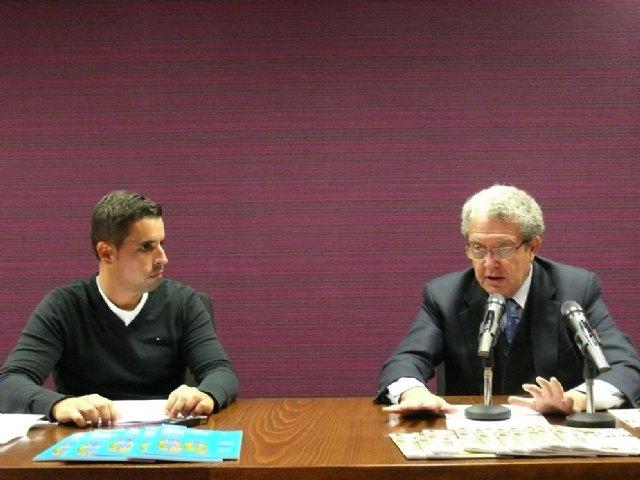 La Concejalía de Comercio y Fanumur presentan el Plan + familia - 1, Foto 1
