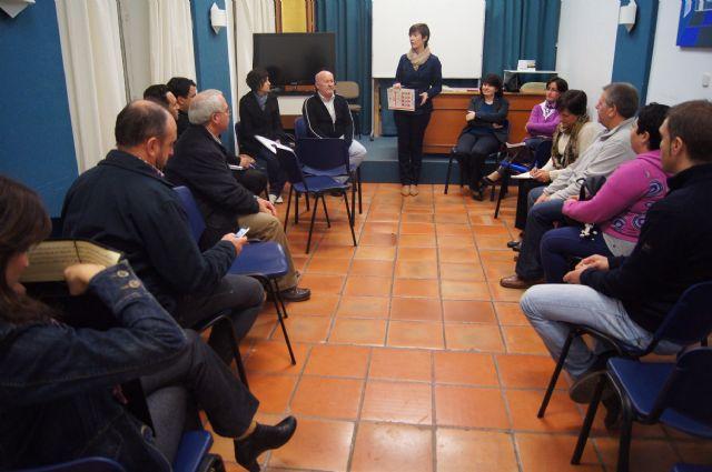 Las AMPAS de los centros de enseñanza de Totana se reúnen con las autoridades locales para hacerles llegar sus necesidades - 1, Foto 1