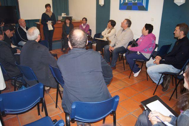 Las AMPAS de los centros de enseñanza de Totana se reúnen con las autoridades locales para hacerles llegar sus necesidades - 2, Foto 2