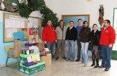Cruz Roja entrega lotes de material escolar a 50 alumnos de Caravaca