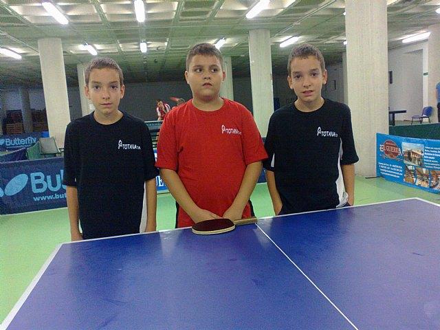Tenis de mesa. Torneo zonal en Huetor Vega, Foto 1