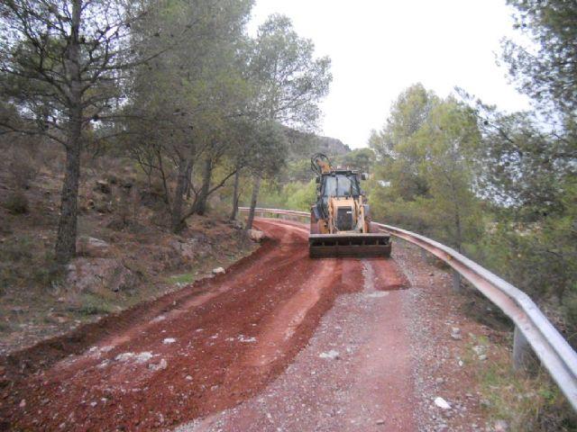 El ayuntamiento de Totana cifra en 1,5 millones de euros la valoraci�n de daños ocasionados por las lluvias torrenciales del 28 de septiembre en los viales p�blicos del t�rmino municipal, Foto 1