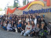 Juventud visita Port Aventura para celebrar Halloween
