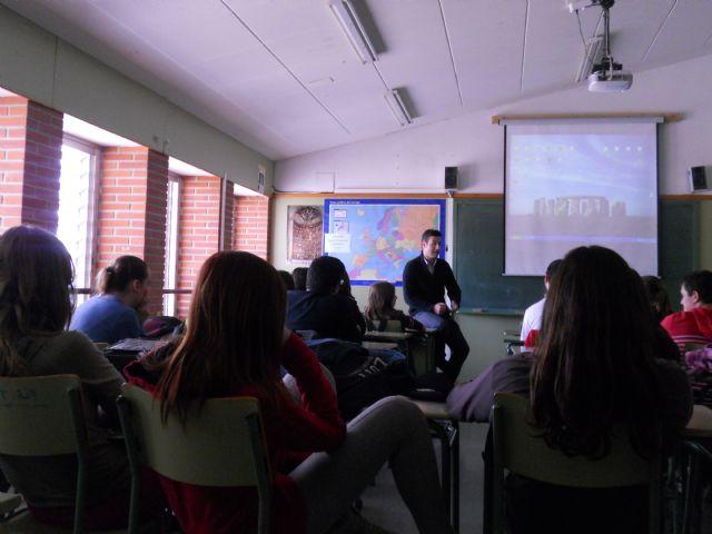 Seis empresas asociadas a AJE Guadalentínhan expuesto sus experiencias a más de 150 alumnos de los IES de la localidad, Foto 2