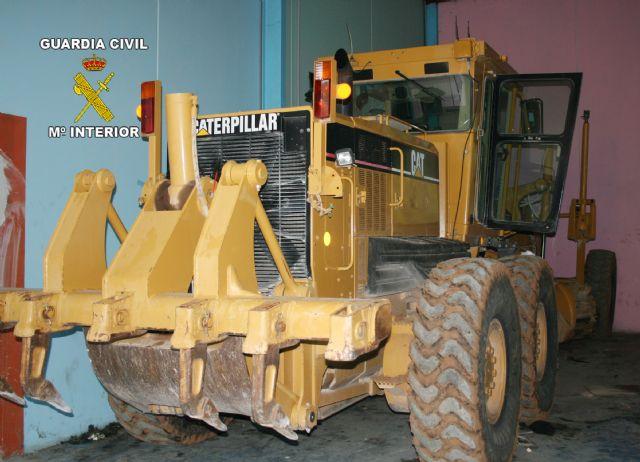La Guardia Civil desmantela un nuevo grupo delictivo dedicado a la sustracción de maquinaria pesada - 5, Foto 5