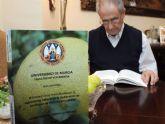 Pedro Sánchez-Campillo, de 79 años, defiende mañana una tesis que intenta aprovechar los subproductos de la industrialización del limón