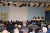 El Concejal de Agricultura Francisco Pérez informó a un salón de actos repleto de agricultores sobre las distintas acciones y ayudas a la agricultura