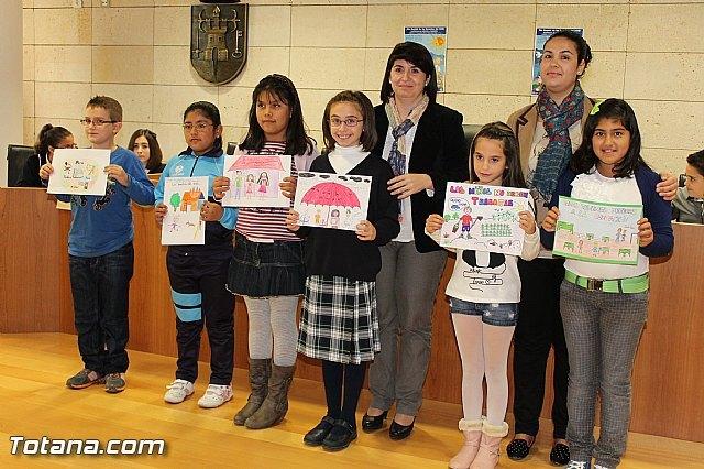 Lectura del manifiesto conmemorativo del Día Internacional de los Derechos del Niñ@ - 1, Foto 1