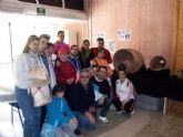 Alumnos del Centro de Día 'José Moyá' visitan el Yacimiento Arqueológico de 'La Bastida' para conocer los últimos descubrimientos