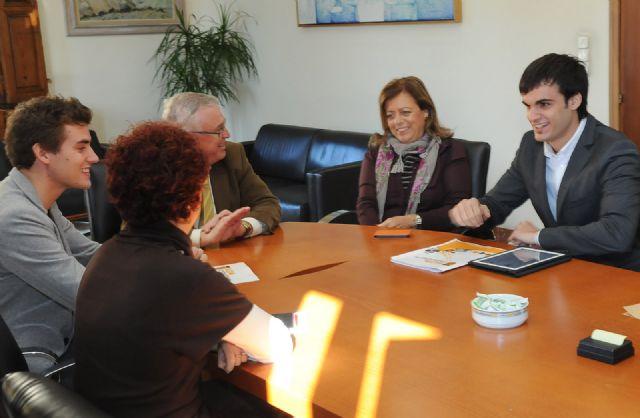La asociación ALUM (Alumnos de Letras de la Universidad de Murcia) ha mantenido una reunión con el rector de la Universidad - 1, Foto 1