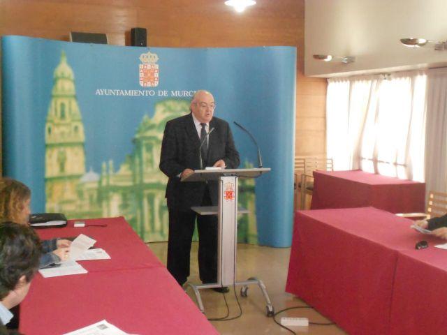 El mantenimiento y la conservación de las infraestructuras y servicios de las pedanias del municipio, objetivos prioritarios de Obras y Servicios Comunitarios para el 2013 - 1, Foto 1