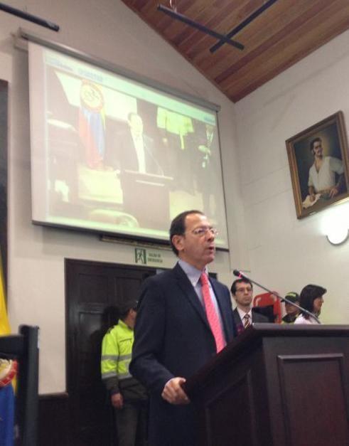 El Alcalde concluye su estancia en Bogotá con una reunión con el pleno del Concejo de la ciudad - 1, Foto 1