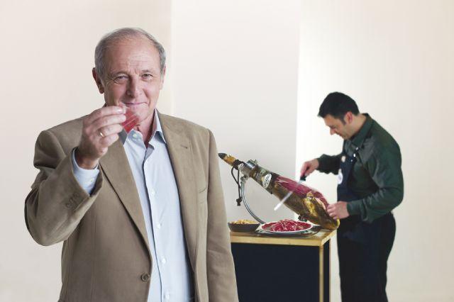 El conocido actor Emilio Gutiérrez Caba protagoniza la nueva campaña de comunicación de ELPOZO y legado ibérico selección, Foto 1