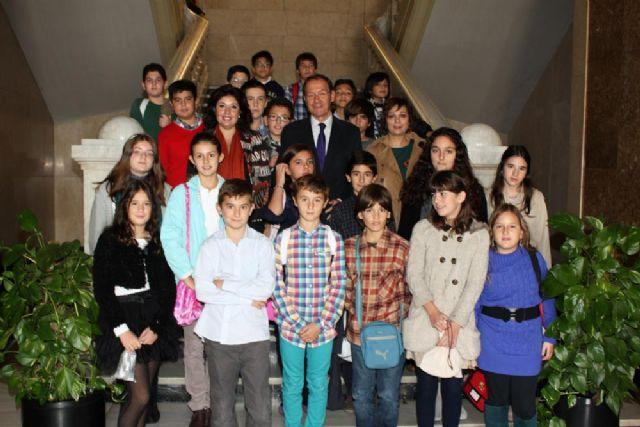 168 escolares sustituyen a los concejales en el Pleno para debatir sobre sus derechos - 5, Foto 5