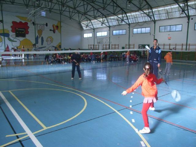 La concejalía de Deportes organiza mañana sábado la fase local de bádminton de Deporte Escolar - 1, Foto 1