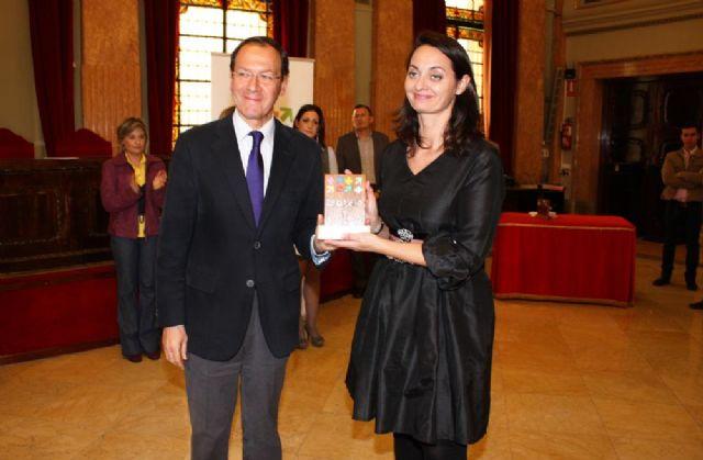 El Alcalde entrega el premio Murcia en Igualdad a dos magistradas de los Juzgados de Violencia sobre la Mujer - 2, Foto 2