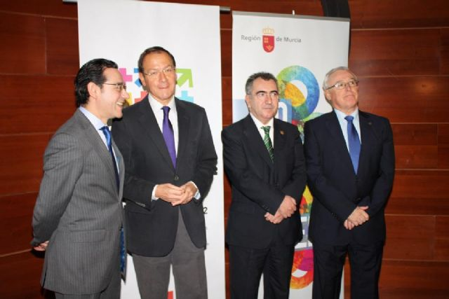 El Alcalde entrega el premio Murcia en Igualdad a dos magistradas de los Juzgados de Violencia sobre la Mujer - 4, Foto 4