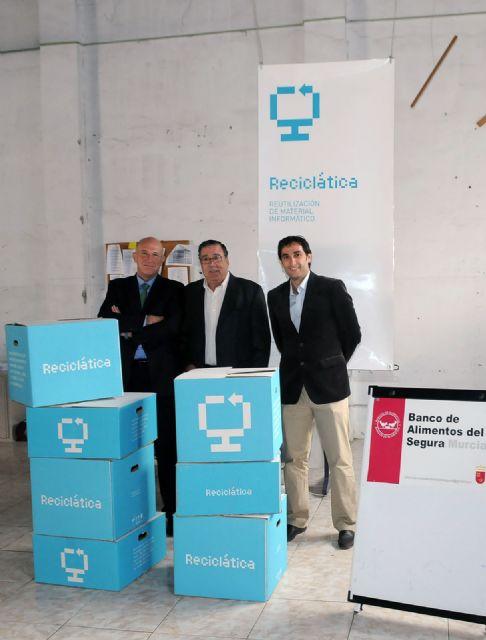 La Universidad de Murcia dona ordenadores a la Asociación Banco de Alimentos del Segura - 1, Foto 1
