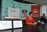 Lorenzo Albaladejo  promueve una donación benéfica para Aidemar con la exposición de sus diplomas paralímpicos en el Ayuntamiento
