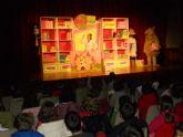 La compañía 'Jácara Teatro' puso en escena la obra infantil 'Violeta y Pantagruel'