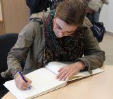 La escritora Carmen Posadas inicia un ciclo de conferencias en el IES n° 2 torreño
