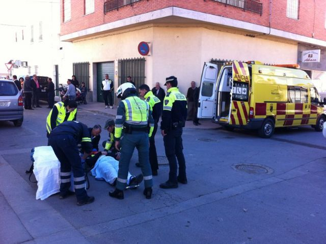 """Wounded a local police officer who was struck by a vehicle failing to yield the right in the """"La Turra"""", Foto 2"""