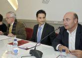 La Universidad de Murcia firma un convenio para la formación en materia deportiva