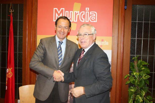 La Universidad de Murcia facilita al Ayuntamiento las herramientas informáticas necesarias para desarrollar la Administración Electrónica - 1, Foto 1