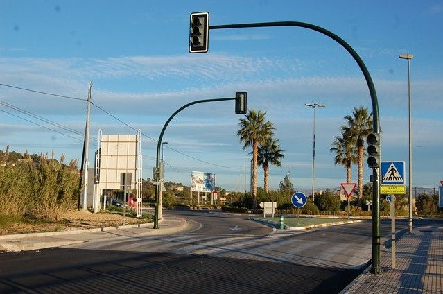 Alguazas mejora la seguridad vial estrenando semáforo en el tramo urbano de la Carretera de Ceutí - 2, Foto 2