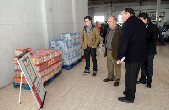 Alumnos de Medicina de la Universidad de Murcia donan el superávit del Congreso de Educación Médica para la compra de alimentos - 1, Foto 1