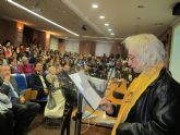 Trescientos estudiantes y profesores de Griego reivindican las lenguas clásicas en un acto en la Universidad de Murcia