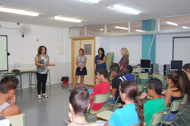 La Concejalía de Educación de Alguazas amplía este 2013 el Programa de Refuerzo Escolar a estudiantes de Educación Secundaria - 1, Foto 1