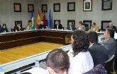El presupuesto para 2013 prioriza la mejora de servicios básicos, promoción social y fomento del empleo