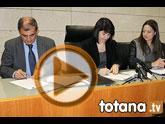 La alcaldesa de Totana firma un convenio con UCOMUR para promover la economía social, el empleo y el desarrollo local