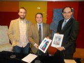 Navidad con CajaMurcia presenta en Teatro Circo Murcia Guerra de Papel y el Truco de Olej