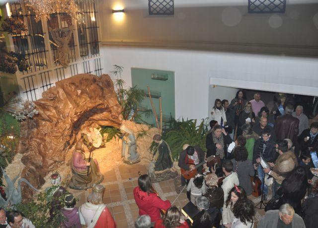 Inaugurado el Belén Municipal y la exposición de Belenes Internacionales y de papel que acoge la Casa de los Duendes durante toda la Navidad - 1, Foto 1