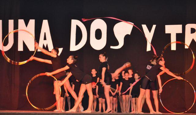Sonia y Yara Galindo ganan 1.000 euros en el concurso Una, Dos y Tres... jugar, reír y ganar comprando en San Pedro del Pinatar - 4, Foto 4