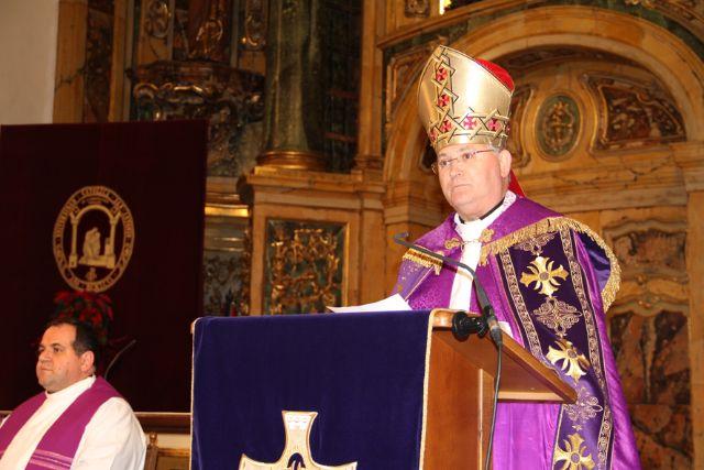 El obispo de Cartagena, José Manuel Lorca Planes, proclama el Pregón de la Navidad 2012, de la Universidad Católica San Antonio de Murcia (UCAM) - 1, Foto 1