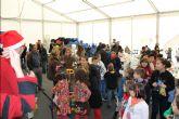 Decenas de niños participan en el IV concurso de Christmas navideños organizado por La Llana