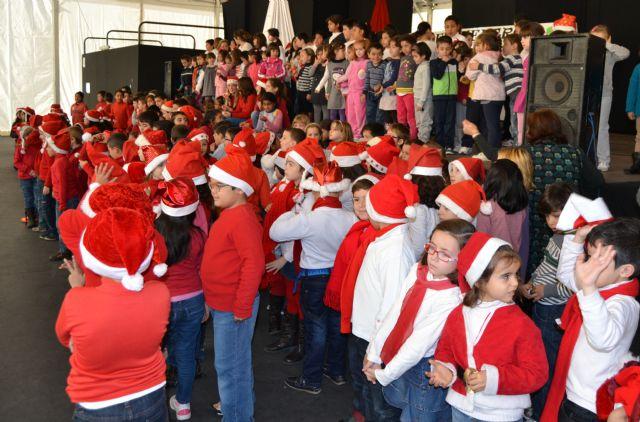 Más de 200 niños de siete colegios pinatarenses participan en el I Encuentro de Villancicos escolares - 2, Foto 2