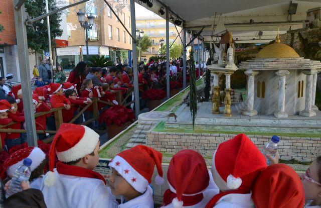 Más de 200 niños de siete colegios pinatarenses participan en el I Encuentro de Villancicos escolares - 3, Foto 3