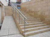 Calidad Urbana mejora la seguridad de las barandillas exteriores del edificio anexo al Ayuntamiento