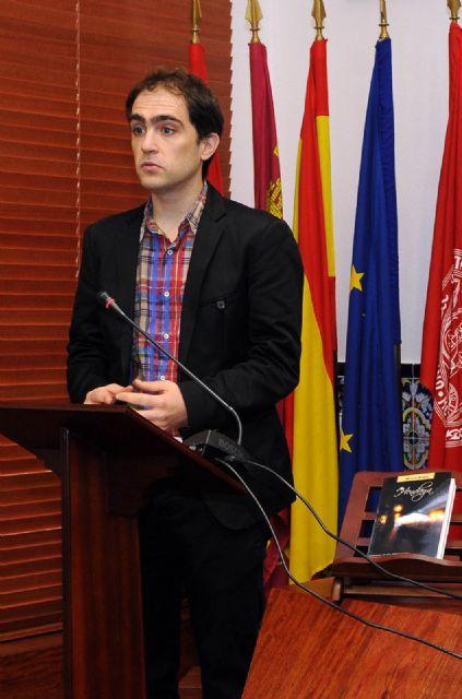 Sintecho, del malagueño Miguel Torres López de Uralde, gana el Vargas Llosa de novela 2012 - 4, Foto 4