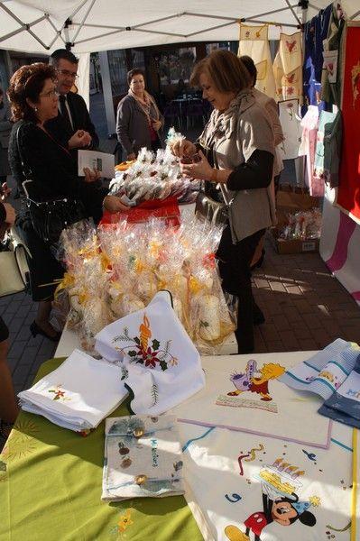 Inaugurado el stand navideño de la Asociación Mucho por Vivir de Torre-Pacheco - 1, Foto 1