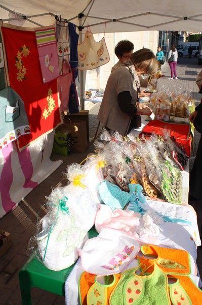 Inaugurado el stand navideño de la Asociación Mucho por Vivir de Torre-Pacheco - 2, Foto 2