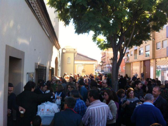 El Santo Niño de Sangonera la Verde reparte 600 pasteles en beneficio de Cáritas - 1, Foto 1